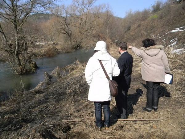 Със заповед на Гребенаров проверяват речните русла