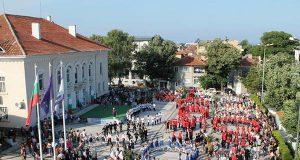 """I-ви Национален фолклорен фестивал """"Хоро край морето"""" се проведе в Царево"""