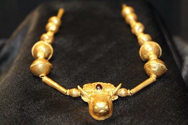 Златното съкровище от Синеморец е вече в музея в Царево