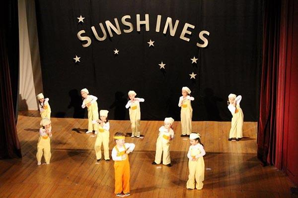 В Царево се проведе Благотворителен концерт на децата от танцов клуб Sunshines