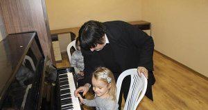 Стартира обучението в Центъра за музикално и естетическо възпитание в Царево