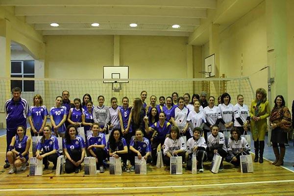 На финала, след оспорвана битка, волейболистките от Приморско победиха отбора на Царево с 2 на 1 гейма.