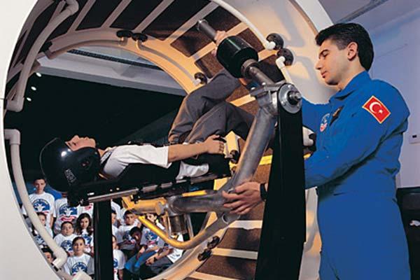 Ученици от Царево ще се обучават в космически център на NASA в Турция