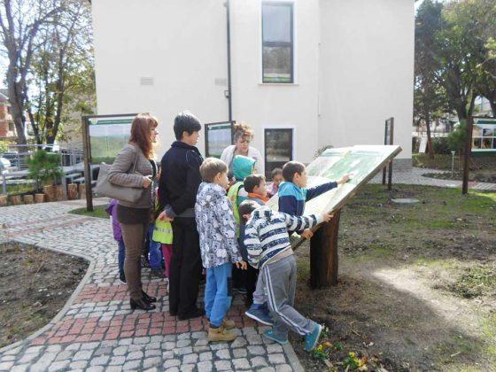 """Откриха новия посетителски център """"Приморска Странджа"""" в Ахтопол"""