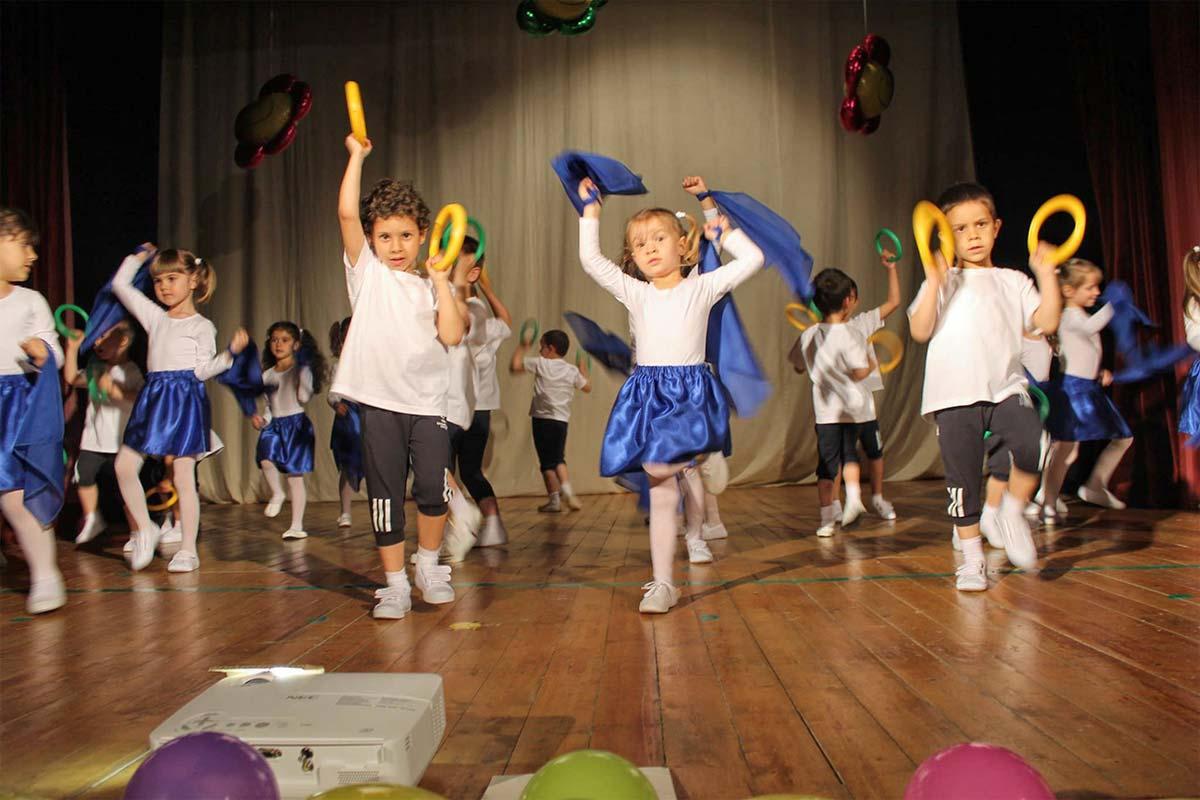 Детската градина в Царево празнува своята 40 годишнина