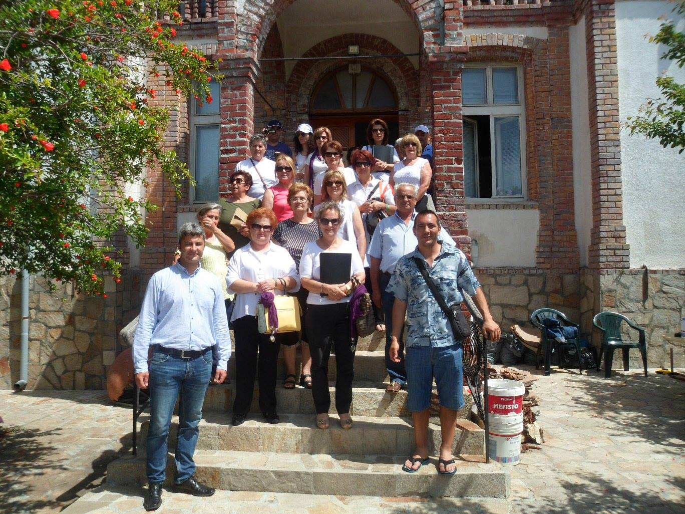 Потомци на гръцки преселници от Ахтопол посетиха града на дедите си