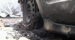 Два автомобила горяха в квартал Василико в Царево