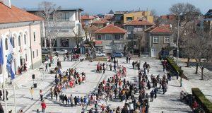 С голямо хоро на площада отпразнуваха 3 март в Царево
