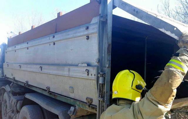 Пълен камион с мигранти пламна край Резово