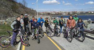 """12 деца взеха участие в третия кръг от вело състезанието """"Царевска лига"""""""