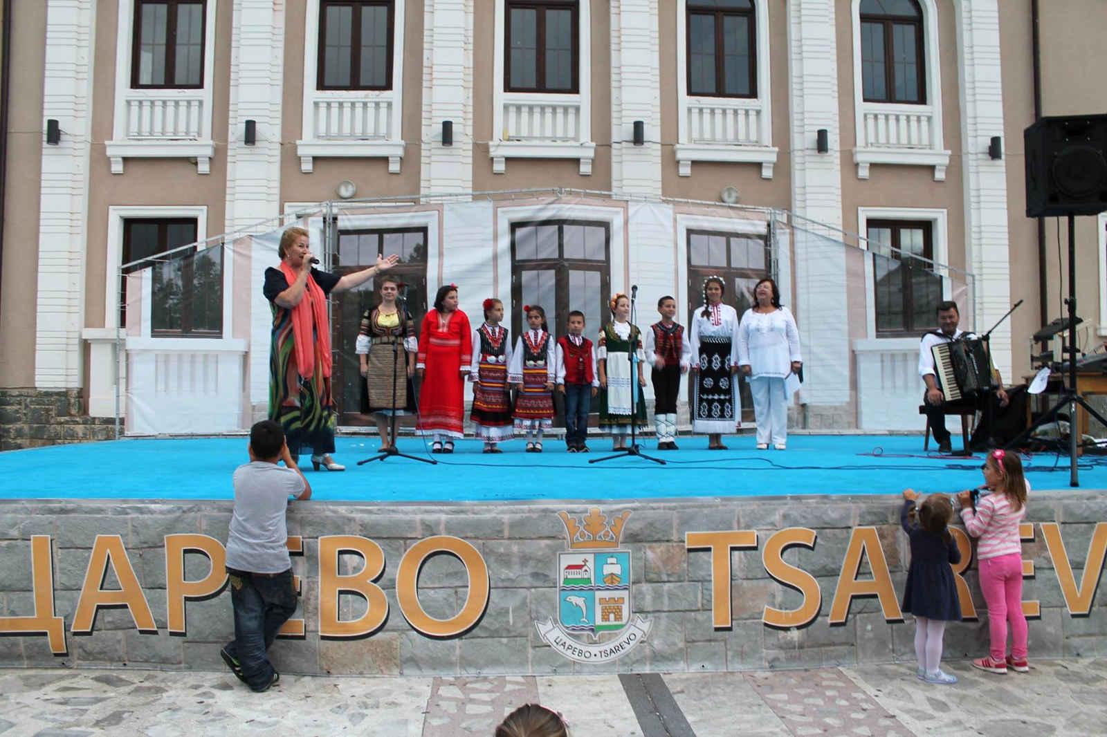 Майсторският клас по народно пеене изнесе концерт в Царево