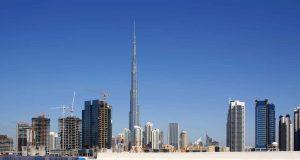 Алпинисти от Царево работят по най-високата сграда в света