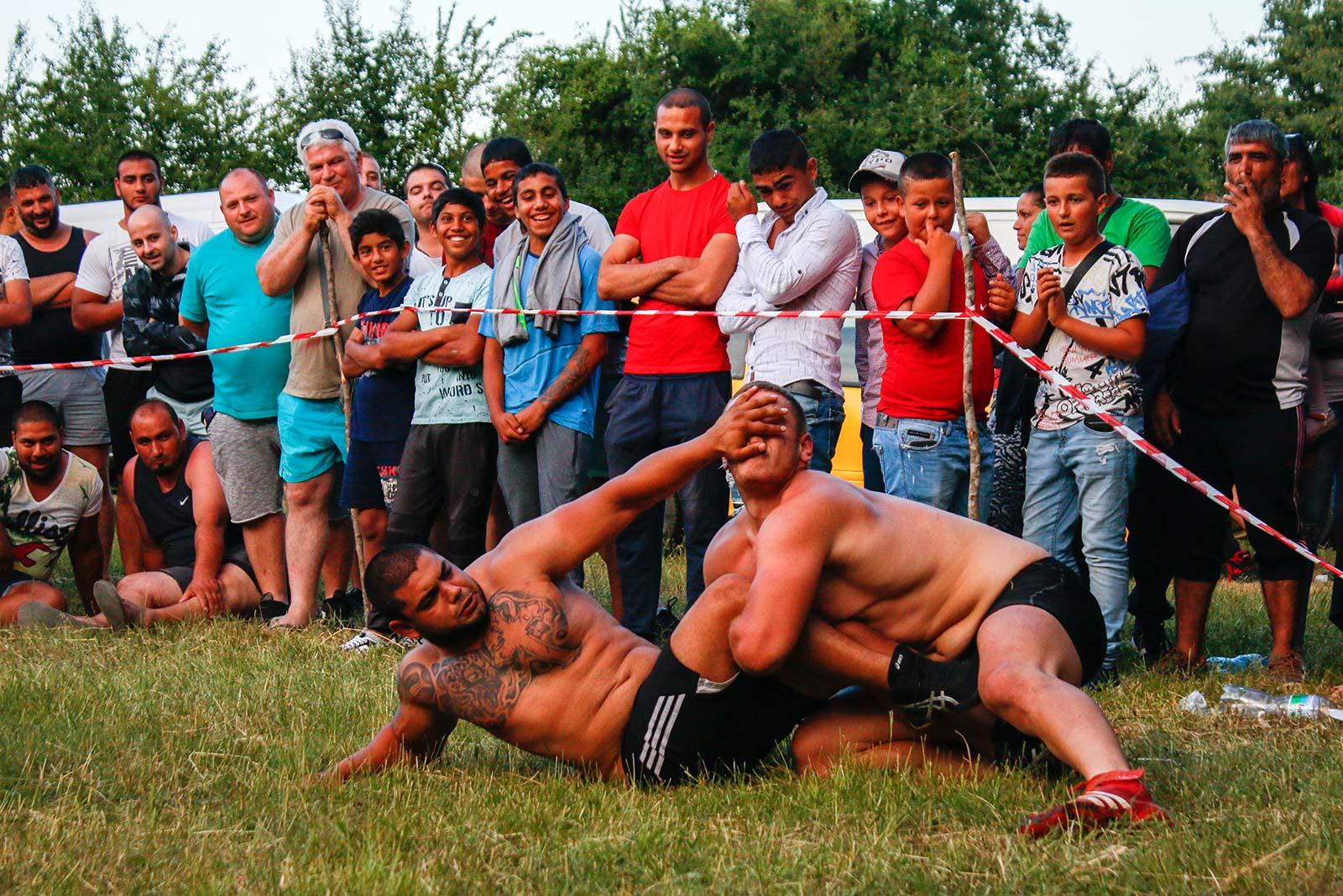 Борби в село Българи
