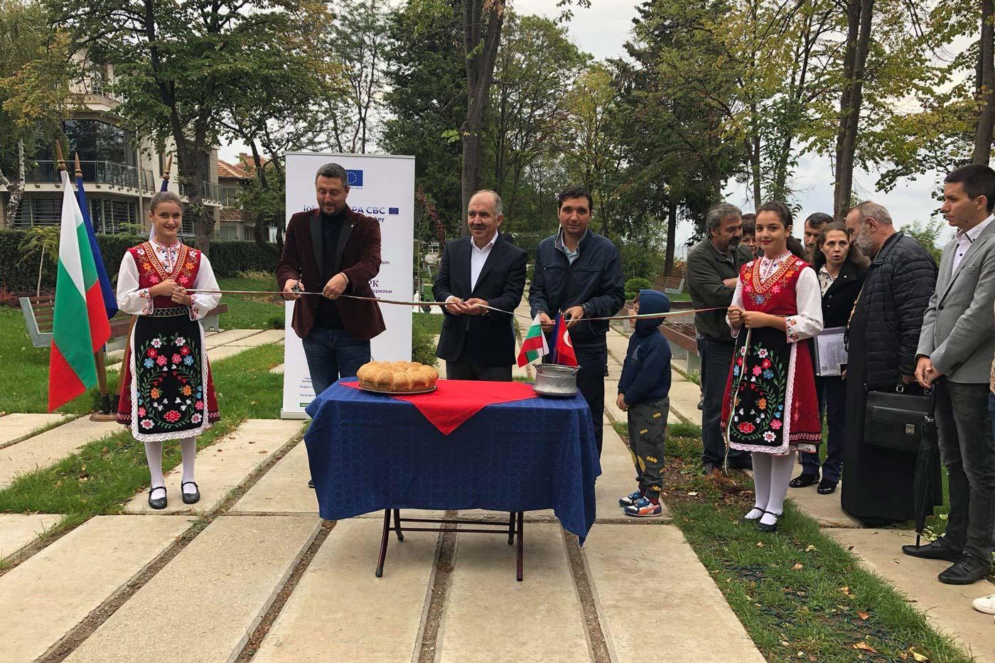 Нов крайбрежен парк в Царево